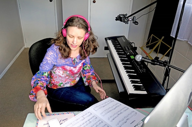 online-piano-lessons-kathryn-lauder2